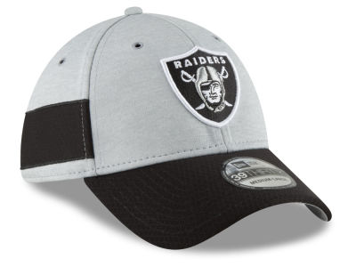 9846c724033 Oakland Raiders New Era 2018 Official NFL Sideline Home 39THIRTY Cap