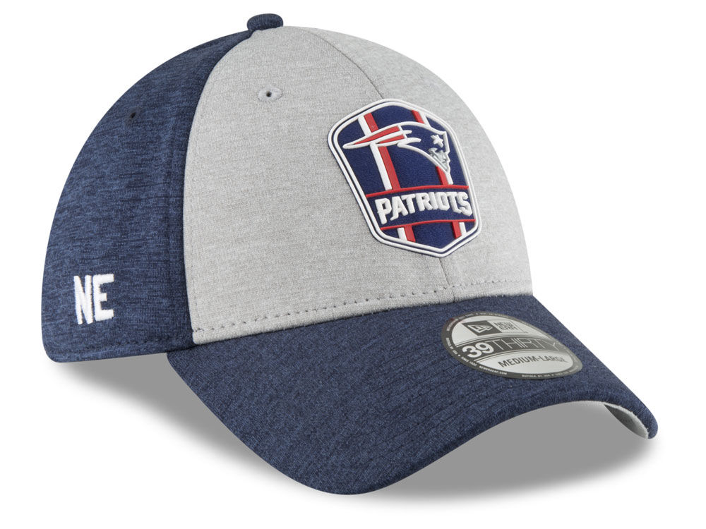 854292b0c71 New England Patriots New Era 2018 Official NFL Sideline Road 39THIRTY Cap
