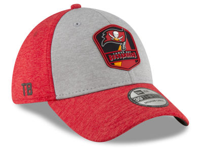 Tampa Bay Buccaneers New Era 2018 Official NFL Sideline Road 39THIRTY Cap