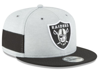 3b5d535565f Oakland Raiders New Era 2018 Official NFL Sideline Home 9FIFTY Snapback Cap