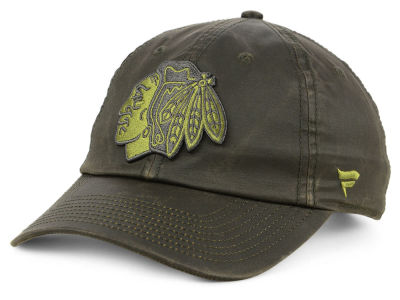 Chicago Blackhawks NHL Fundamental Waxed Adjustable Cap