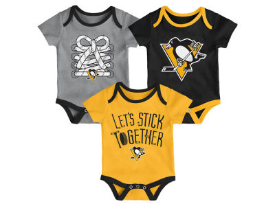 Pittsburgh Penguins Outerstuff NHL Newborn Five On Three Creeper Set