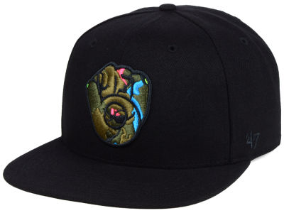 Milwaukee Brewers '47 MLB Camfill Neon Snapback Cap