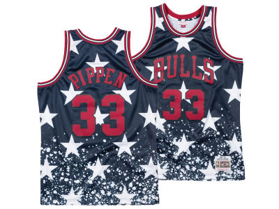 6714ce8203f ... get chicago bulls scottie pippen mitchell ness nba mens the 4th  swingman jersey 027ae c8e36 ...