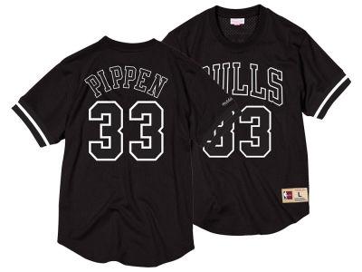 Chicago Bulls Scottie Pippen Mitchell   Ness NBA Men s Black   White Mesh  Name and Number bc0825e9e