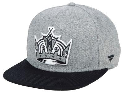 Los Angeles Kings NHL Heavy Heather Emblem Snapback Cap