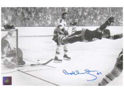 Boston Bruins Bobby Orr Frameworth Signed 8x10 Unframed Photograph