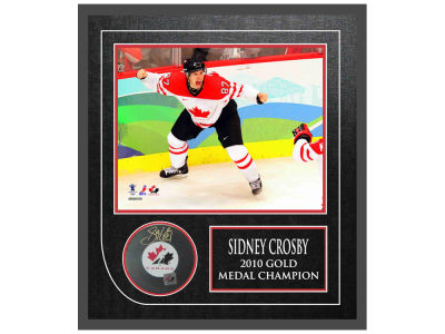 Canada Hockey Sidney Crosby Frameworth Autographed Hockey Puck