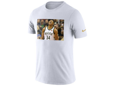 Milwaukee Bucks Giannis Antetokounmpo Nike NBA Men's Star Photo Reel T-shirt