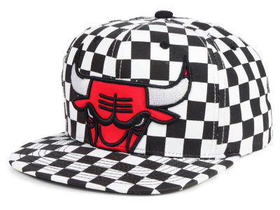 buy online 36ced bbe92 ... order chicago bulls mitchell ness nba checked out snapback cap fecc1  dafad