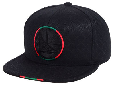 d8bfd1ef479 Golden State Warriors Mitchell   Ness NBA Neapolitan Collection Snapback Cap