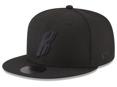 sale retailer a10c0 9f1d7 New York Knicks New Era NBA Alpha Triple Black 59FIFTY Cap