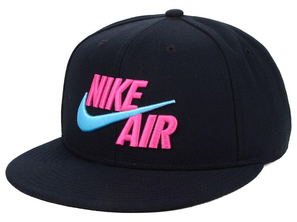 Nike True Nike Air Snapback Cap  0c774d2bcd3