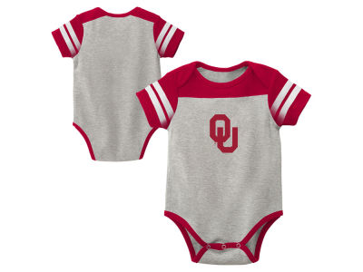Oklahoma Sooners Outerstuff NCAA Newborn Lil Blocker 2.0 Creeper