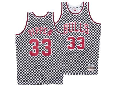 Chicago Bulls Scottie Pippen Mitchell   Ness NBA Men s Checkerboard  Swingman Jersey b2070a6a9