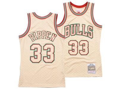 Chicago Bulls Scottie Pippen Mitchell   Ness NBA Men s Neapolitan Swingman  Jersey 6d4625b7f