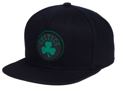 Boston Celtics Mitchell & Ness NBA Zig Zag Snapback Cap