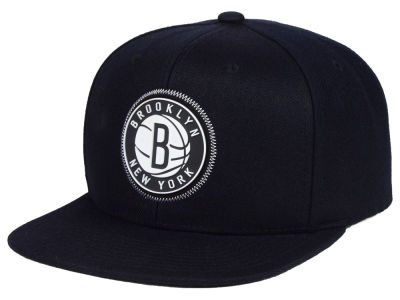 Brooklyn Nets Mitchell & Ness NBA Zig Zag Snapback Cap