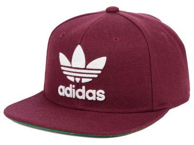adidas Originals Trefoil Chain Snapback Cap 9da90aa5c85