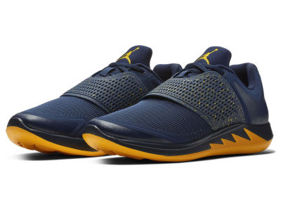 Michigan Wolverines Nike NCAA Men's Grind 2 Shoes