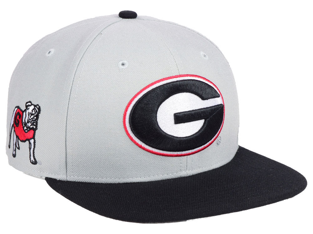 03fb9314525 Georgia Bulldogs  47 NCAA Sure Shot 2 Tone CAPTAIN Cap