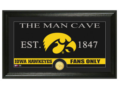 Iowa Hawkeyes Highland Mint Man Cave Bronze Coin Panoramic Photo Mint