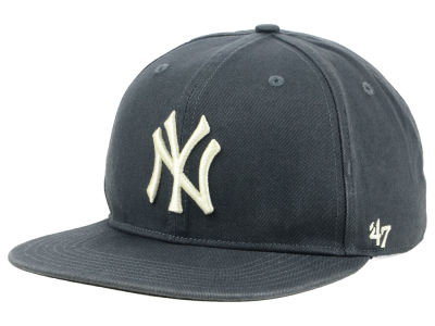 New York Yankees '47 MLB Garment Washed Navy Snapback Cap