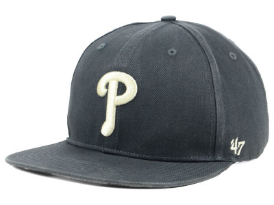 Philadelphia Phillies '47 MLB Garment Washed Navy Snapback Cap