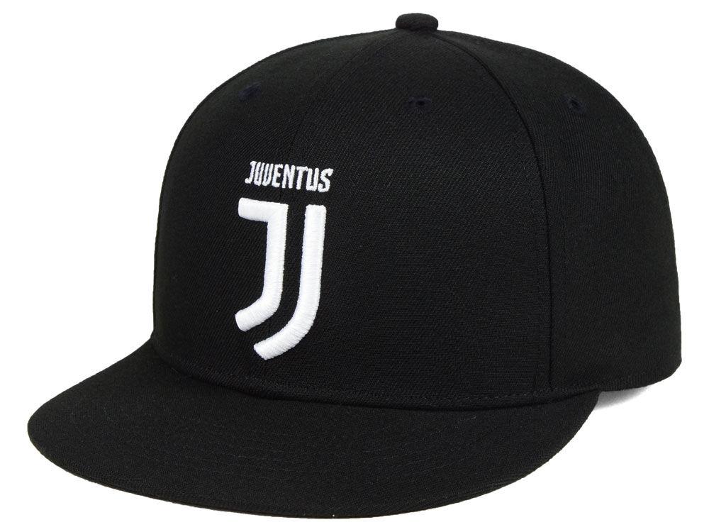 Juventus Fan Ink Fi Core Snapback Cap  40818931fcb7