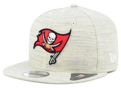 Tampa Bay Buccaneers New Era NFL Luxe Gray 9FIFTY Snapback Cap