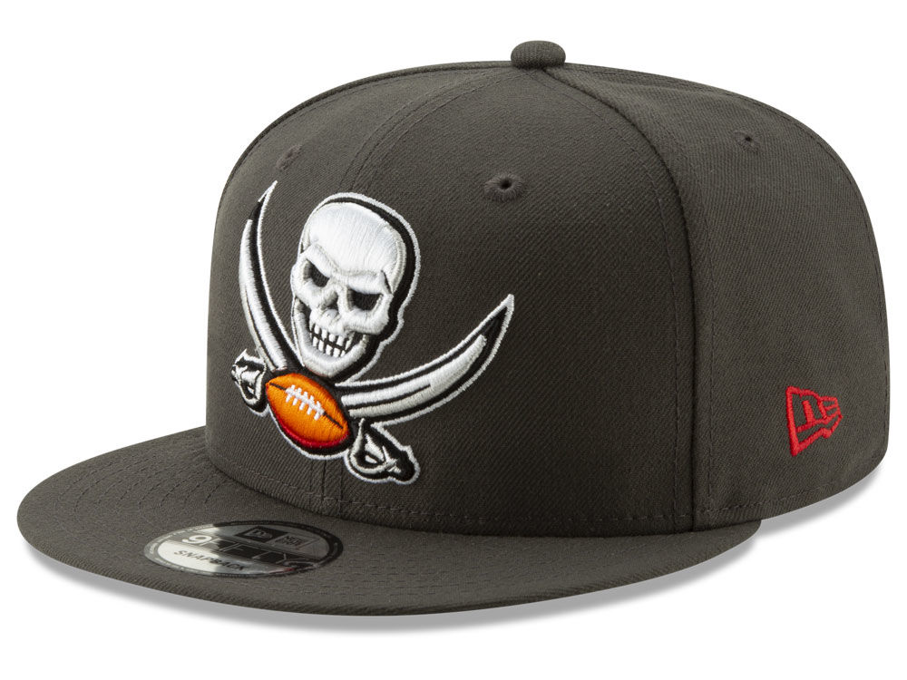 Tampa Bay Buccaneers New Era NFL Logo Elements Collection 9FIFTY Snapback  Cap  462dbc2ab30