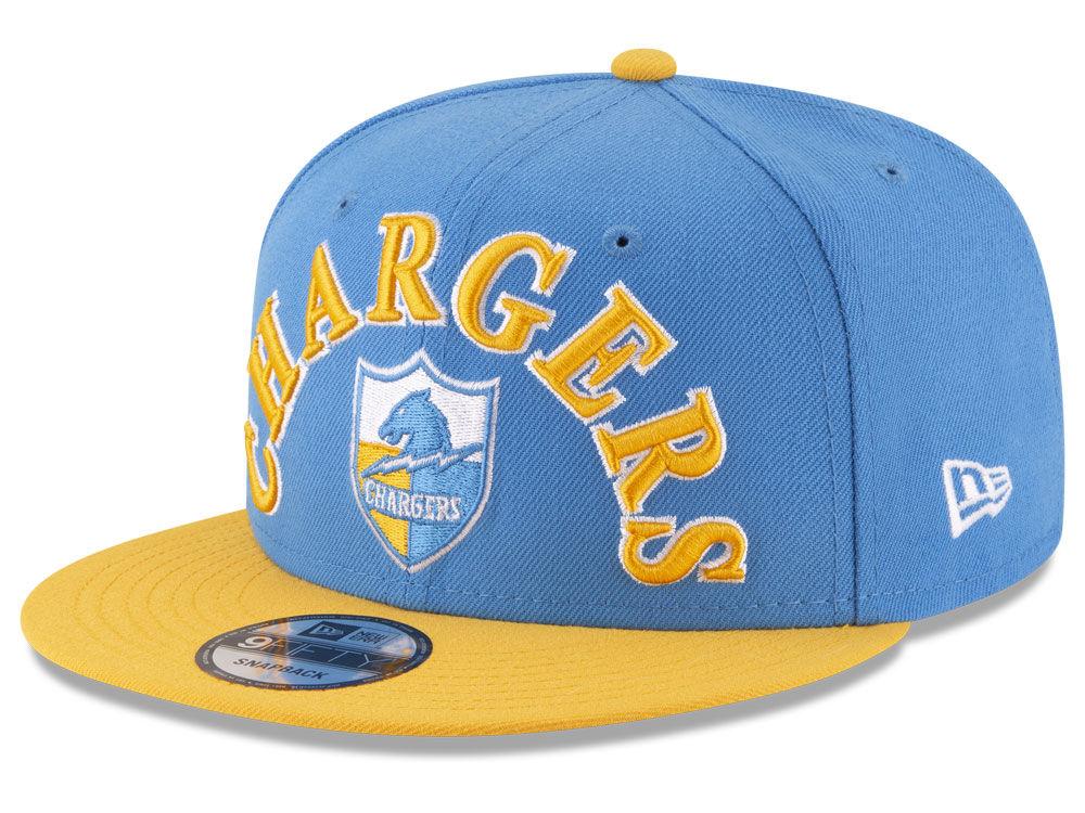c21cb64fc89 Los Angeles Chargers New Era NFL Retro Logo 9FIFTY Snapback Cap ...