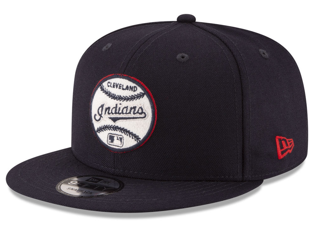 Cleveland Indians New Era MLB Vintage Circle 9FIFTY Snapback Cap ... 7b9d5175df9