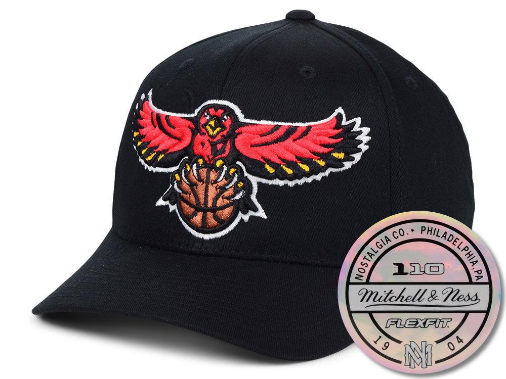 Atlanta Hawks Mitchell   Ness NBA HWC 110 Flexfit Snapback Cap ... 892c036dfea