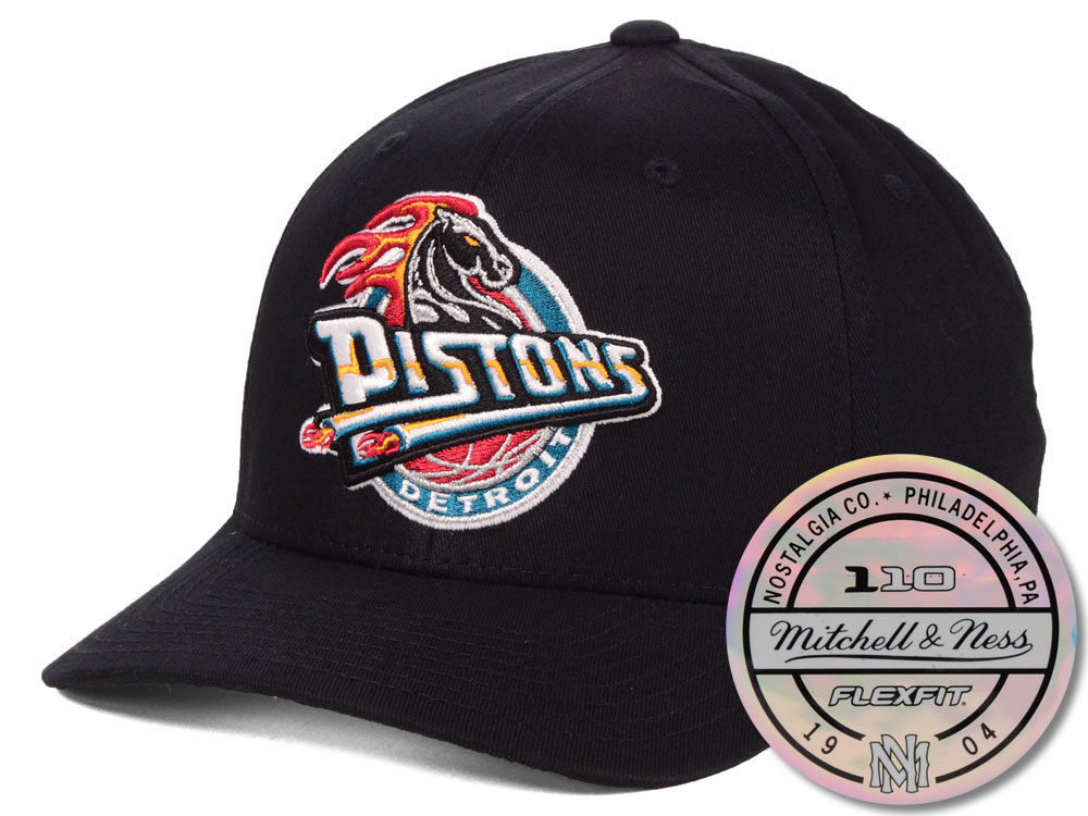 bb303cf781f Detroit Pistons Mitchell   Ness NBA HWC 110 Flexfit Snapback Cap ...