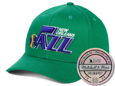 New Orleans Jazz Mitchell & Ness NBA HWC 110 Flexfit Snapback Cap