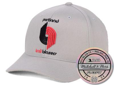eb22ae593bc Portland Trail Blazers Mitchell   Ness NBA HWC 110 Flexfit Snapback Cap