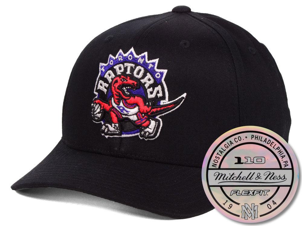 Toronto Raptors Mitchell   Ness NBA HWC 110 Flexfit Snapback Cap ... e6e9932aa058