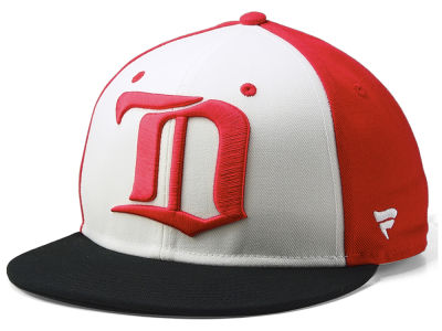 Detroit Red Wings NHL Tri-Colour Throwback Snapback Cap