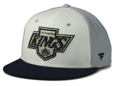 Los Angeles Kings NHL Tri-Colour Throwback Snapback Cap