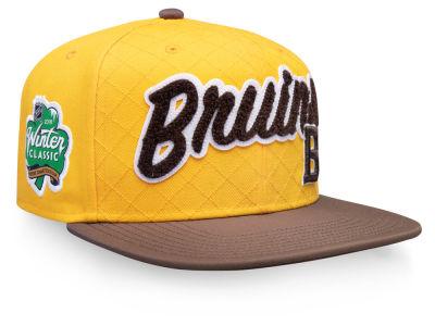 Boston Bruins NHL 2019 NHL Winter Classic Snapback Cap 553e7691a
