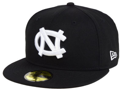 new product 19a63 c350a North Carolina Tar Heels New Era NCAA Core Black White 59FIFTY Cap