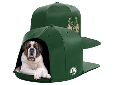 Milwaukee Bucks Nap Cap NBA Nap Cap Pet Bed - Large