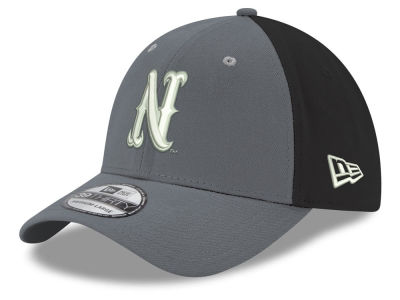 Nevada Wolf Pack New Era NCAA Heather Black Neo 39THIRTY Cap