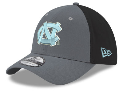 North Carolina Tar Heels New Era NCAA Heather Black Neo 39THIRTY Cap