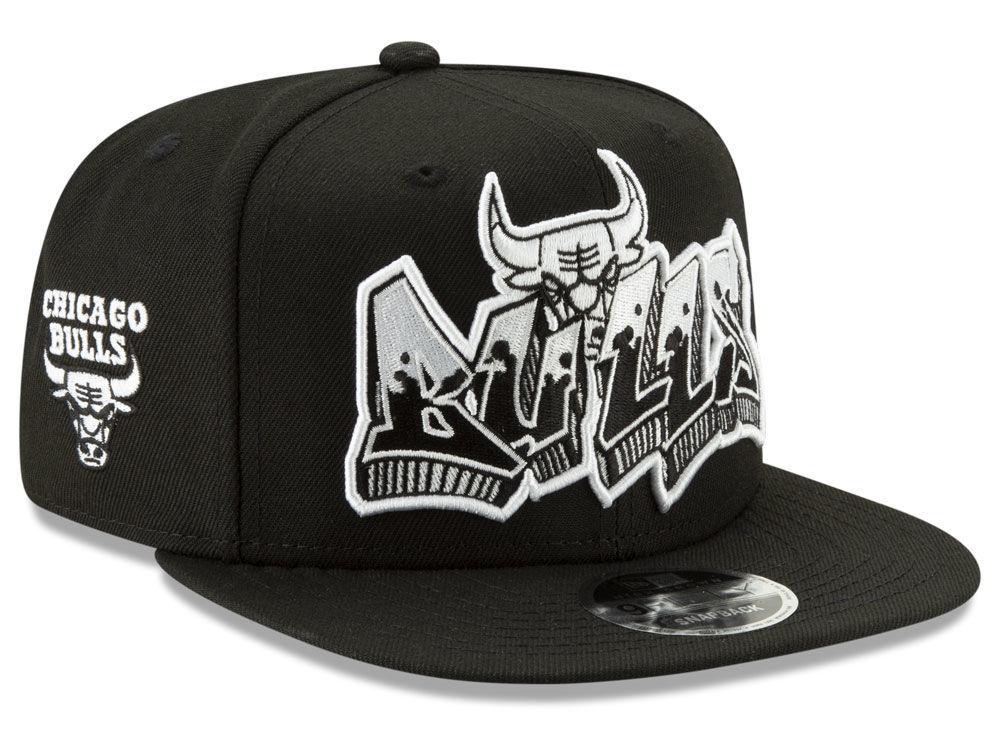 33a66f92c85 Chicago Bulls New Era NBA Retroword Black White 9FIFTY Snapback Cap ...