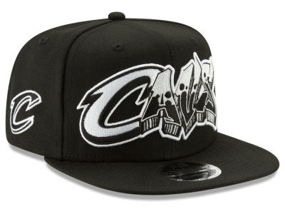 Cleveland Cavaliers New Era NBA Retroword Black White 9FIFTY Snapback Cap