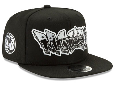 Dallas Mavericks New Era NBA Retroword Black White 9FIFTY Snapback Cap