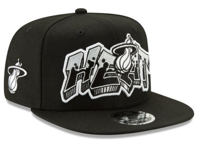 huge selection of a881d 6012e Miami Heat New Era NBA Retroword Black White 9FIFTY Snapback Cap