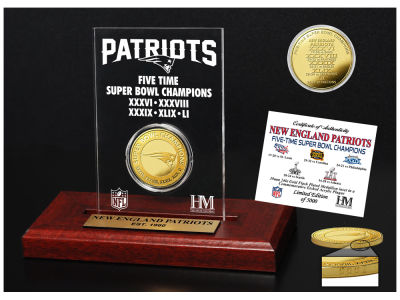 New England Patriots Highland Mint NFL Super Bowl Champions Gold Coin Etched Acrylic
